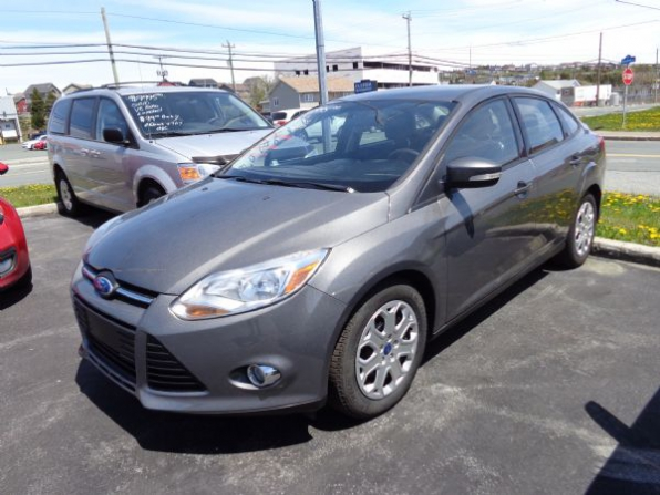 2012 Ford Focus Photo 1